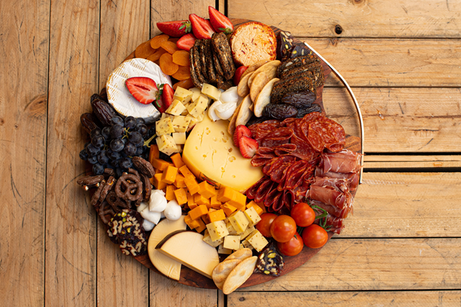Picture of CHEESE & ANTIPASTO BOARD LARGE